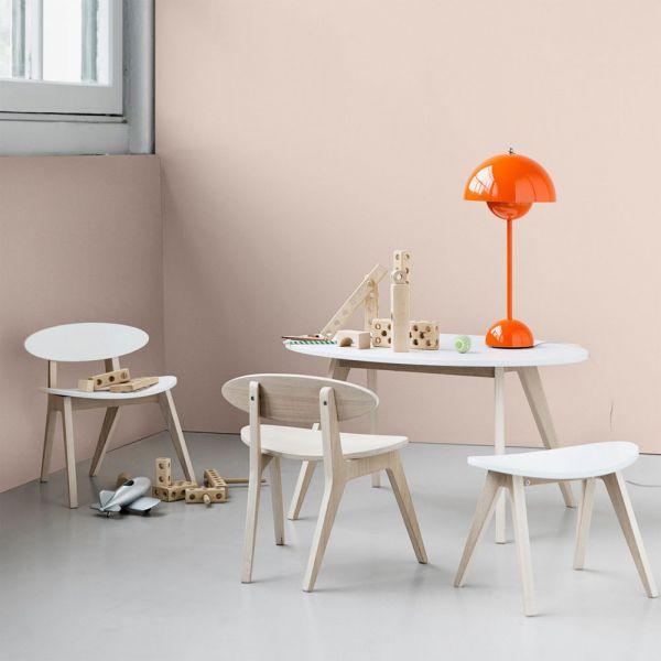 tabouret pour enfants design en bois de ch ne oliver. Black Bedroom Furniture Sets. Home Design Ideas