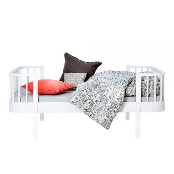 lit extensible enfant en bois massif de ch ne et bouleau. Black Bedroom Furniture Sets. Home Design Ideas