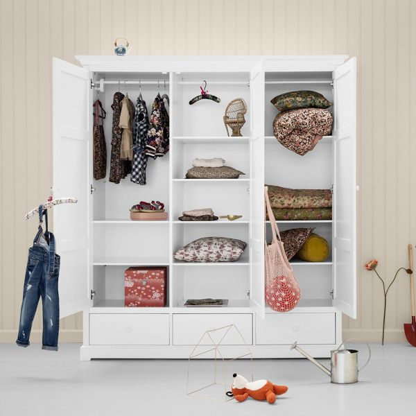 armoire pour chambre d enfant oliver furniture design durable en bois massif. Black Bedroom Furniture Sets. Home Design Ideas